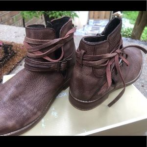 Brand New/never worn Free People boots